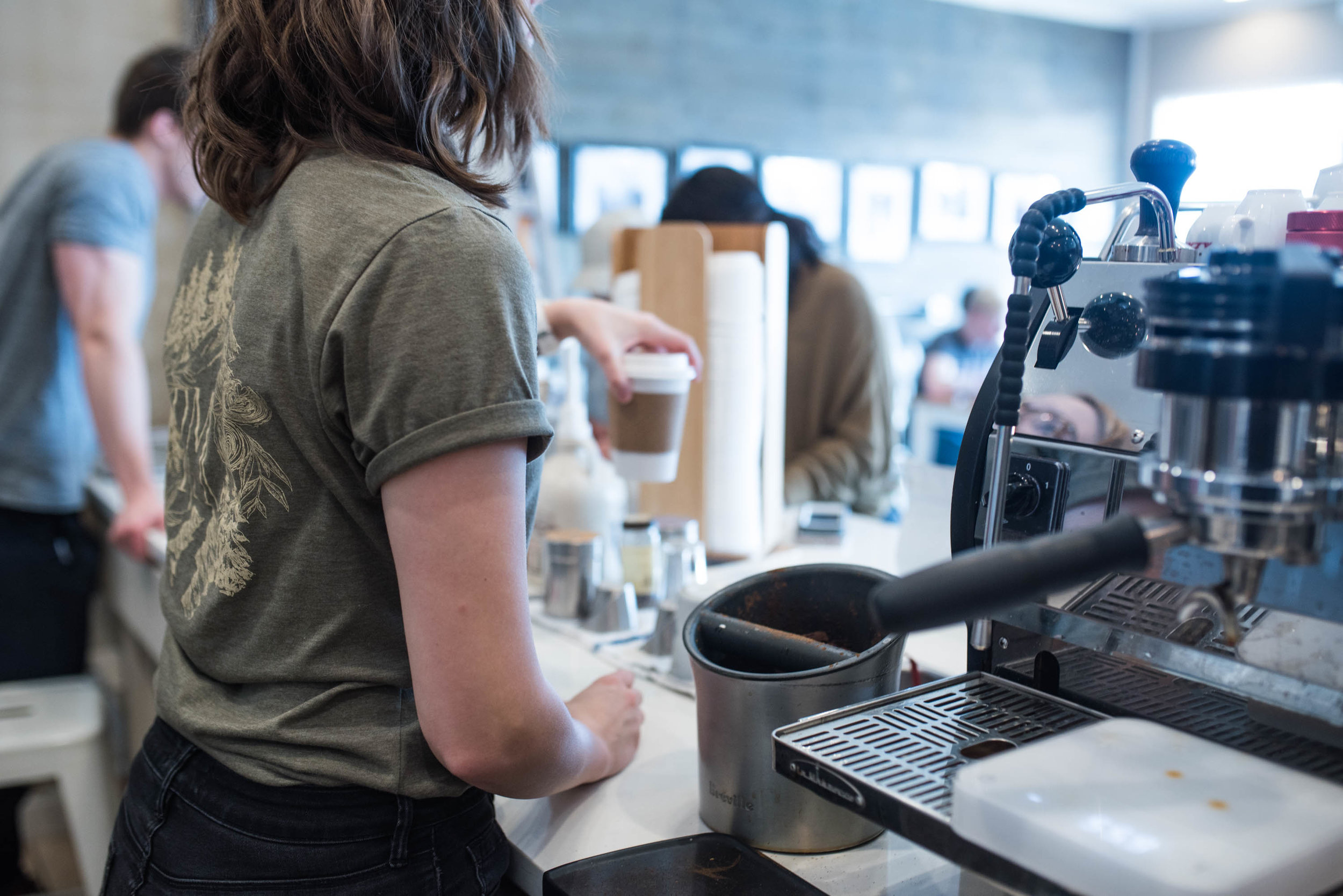 Barista Holly at Round Mountain Coffee