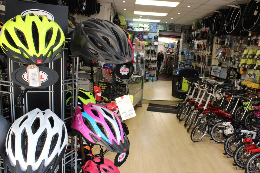 Compton Cycles Bike Shop In Catford South London Club