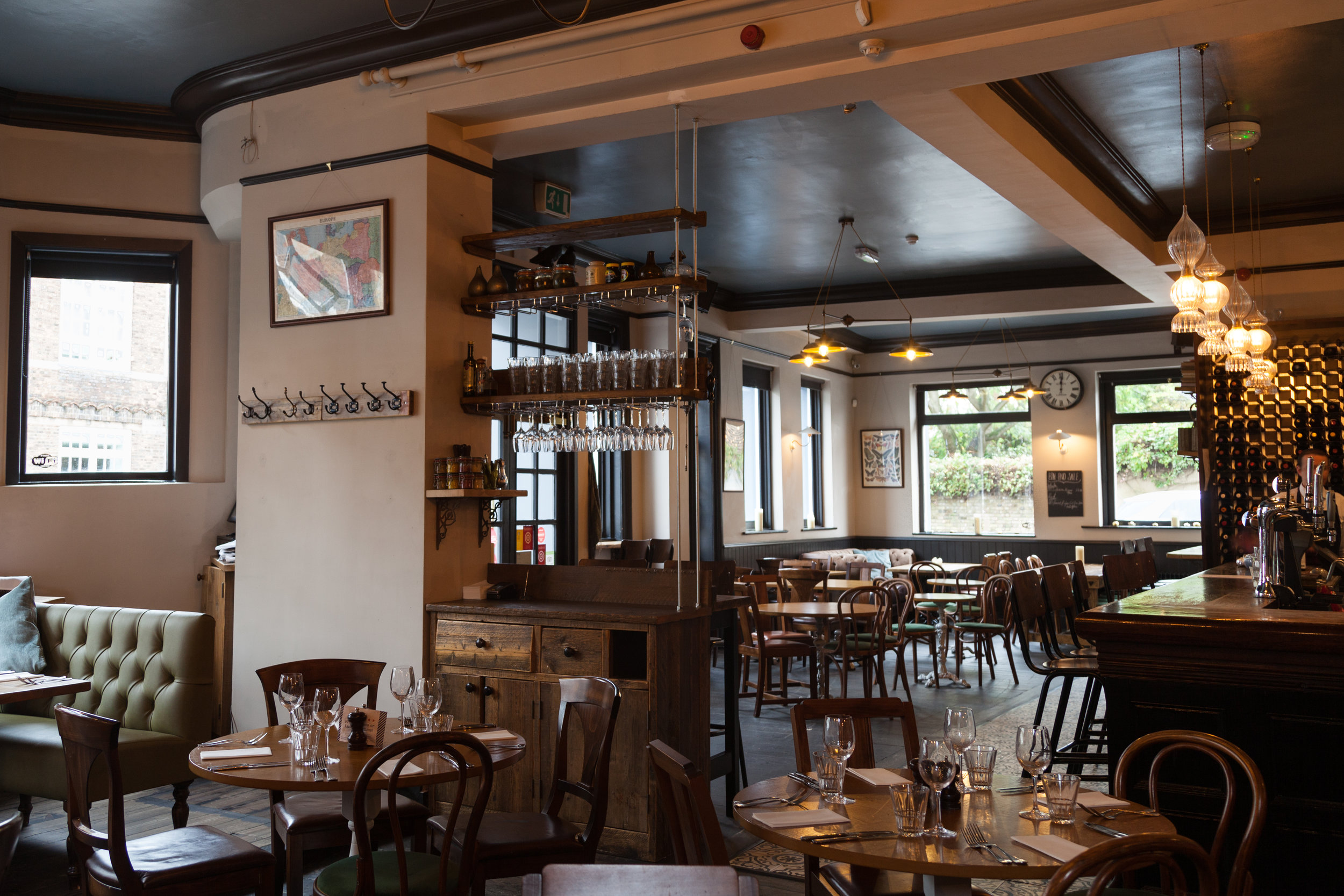 The Crooked Well Pub and Restaurant in Camberwell South London Club 2.jpg
