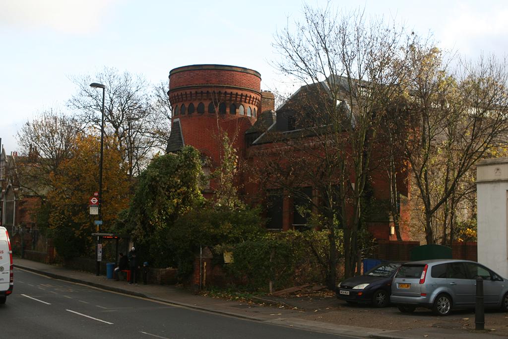 Ladywell Playtower 1.jpg