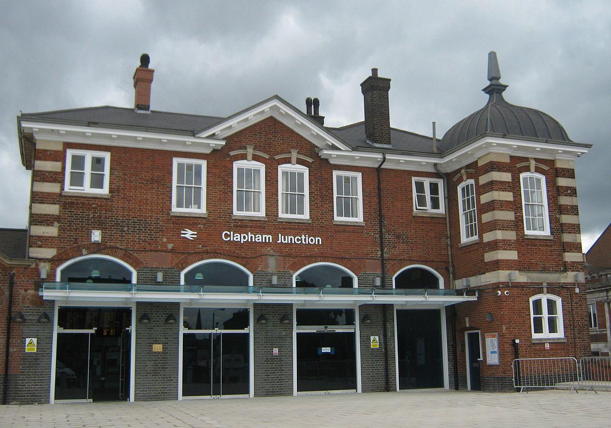 clapham junction entrance.jpg