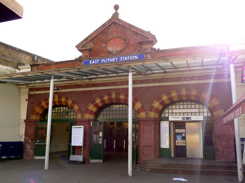 east putney station.jpg