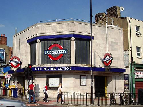 tooting bec station.jpg