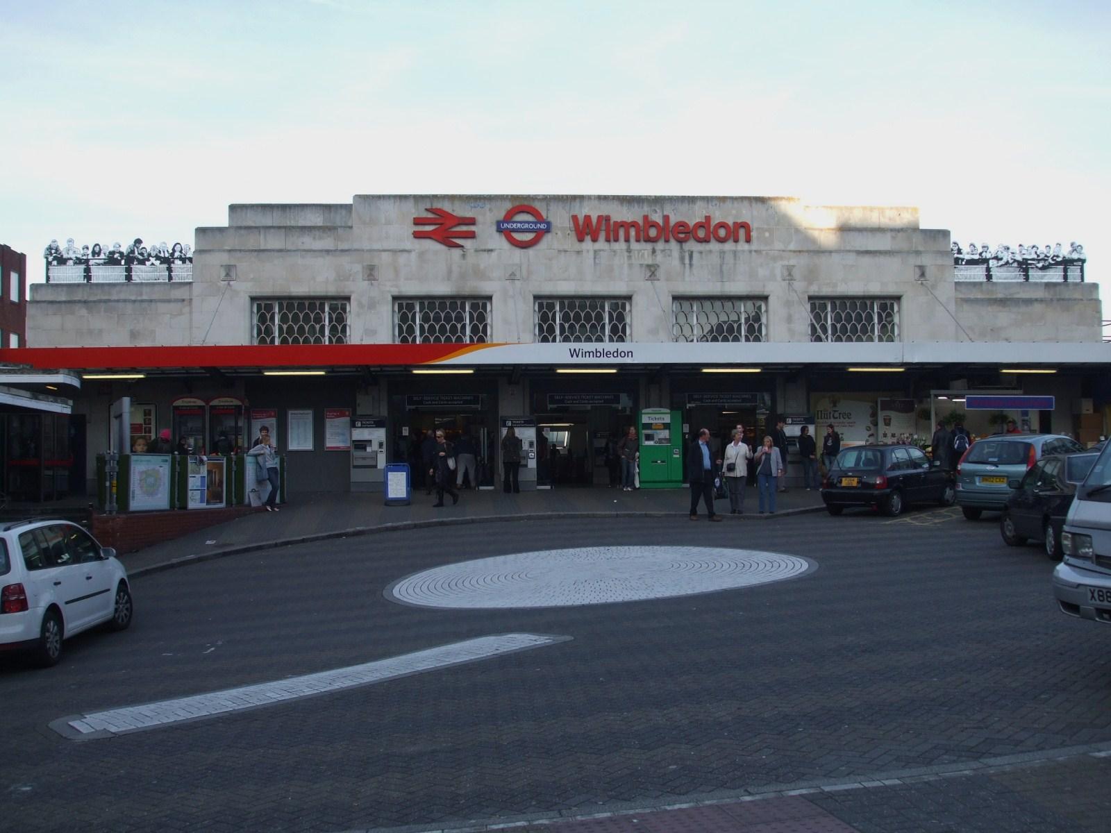 wimbledon station.JPG
