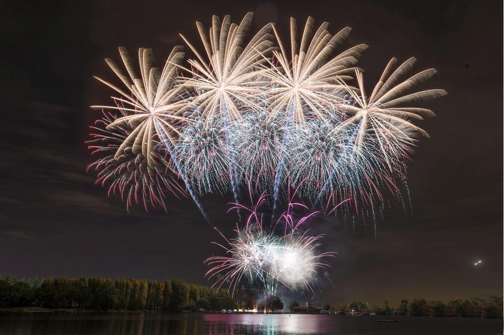 merton park fireworks.jpg