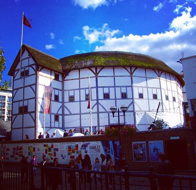 Shakespeare's Globe Theatre.jpg