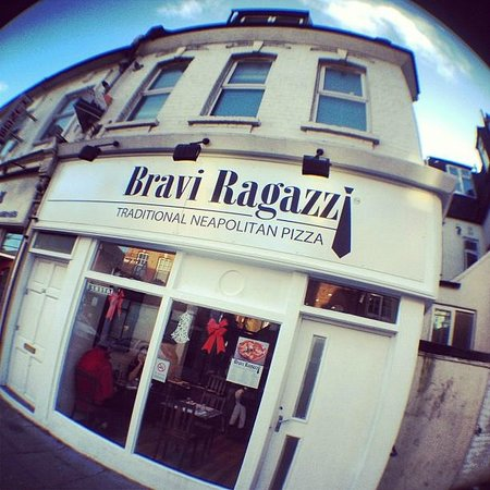 south-london-club-bravi-ragazzi.jpg