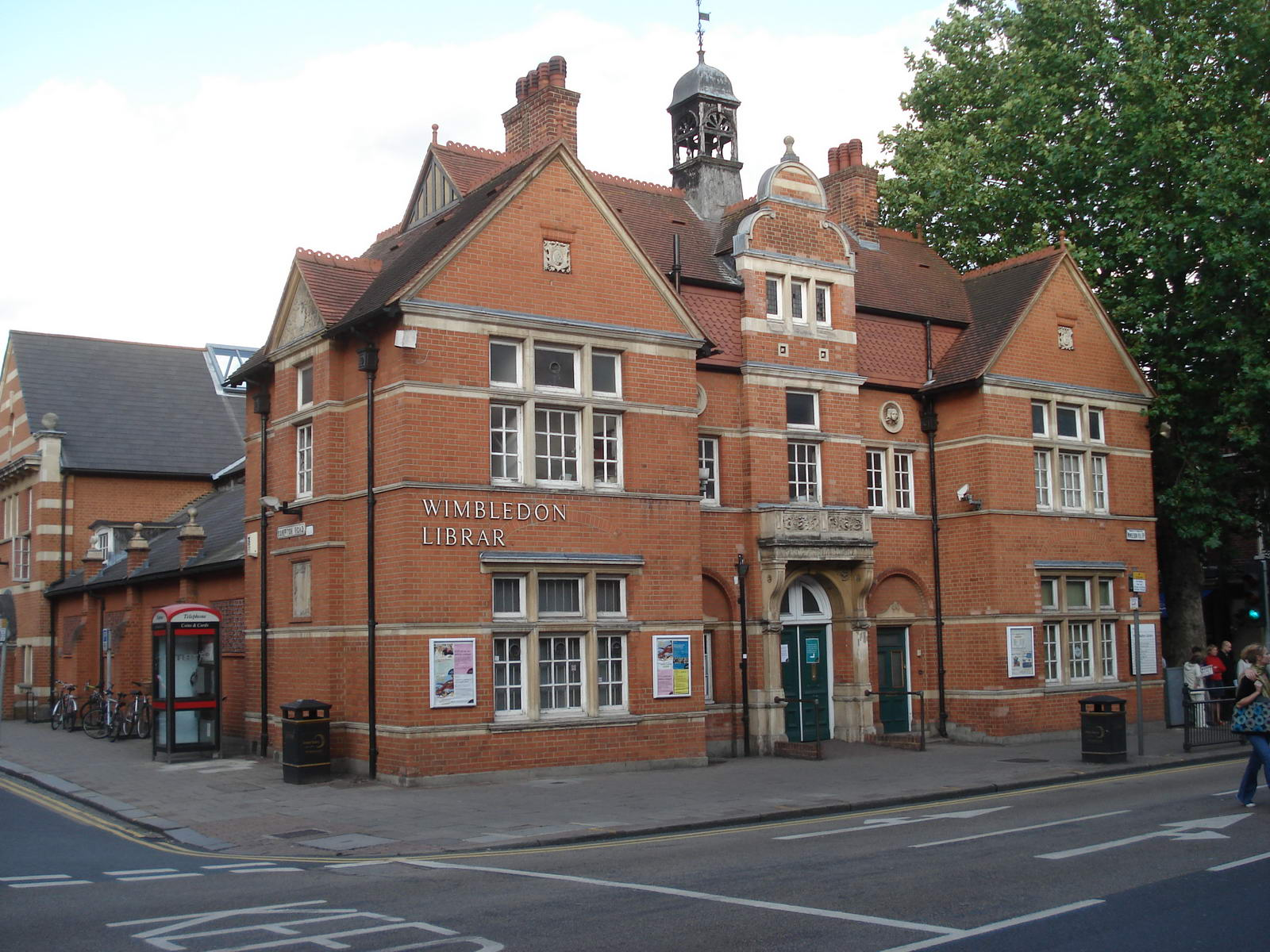 wimbledon library south london club