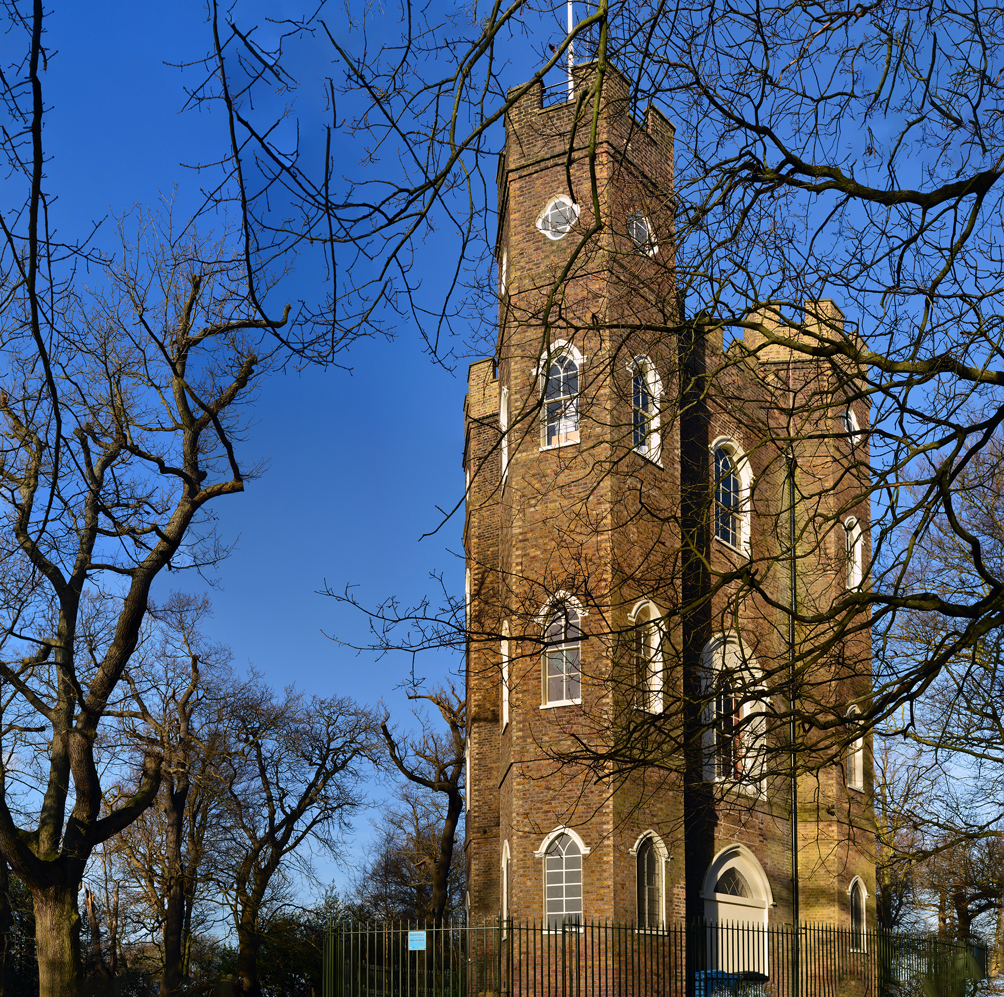 severndroog castle south london club