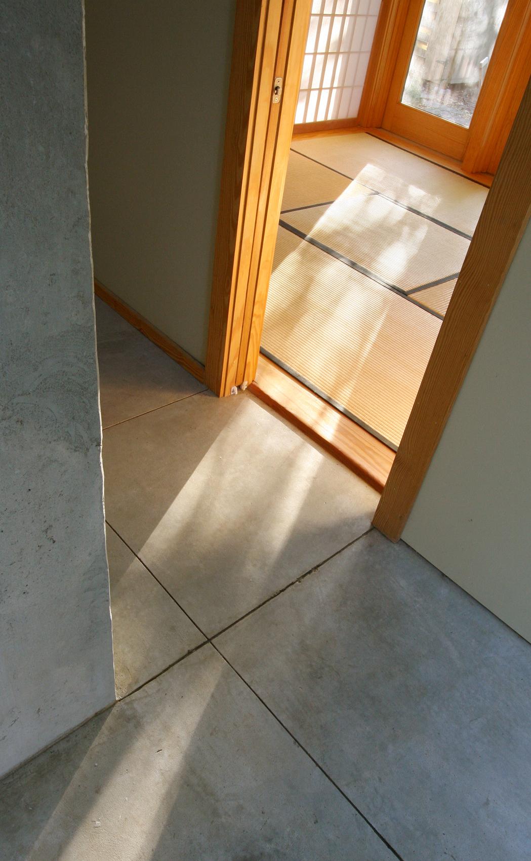 11-shower floor.JPG