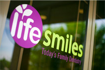 Life Smiles Family Dentist in Plymouth, MN