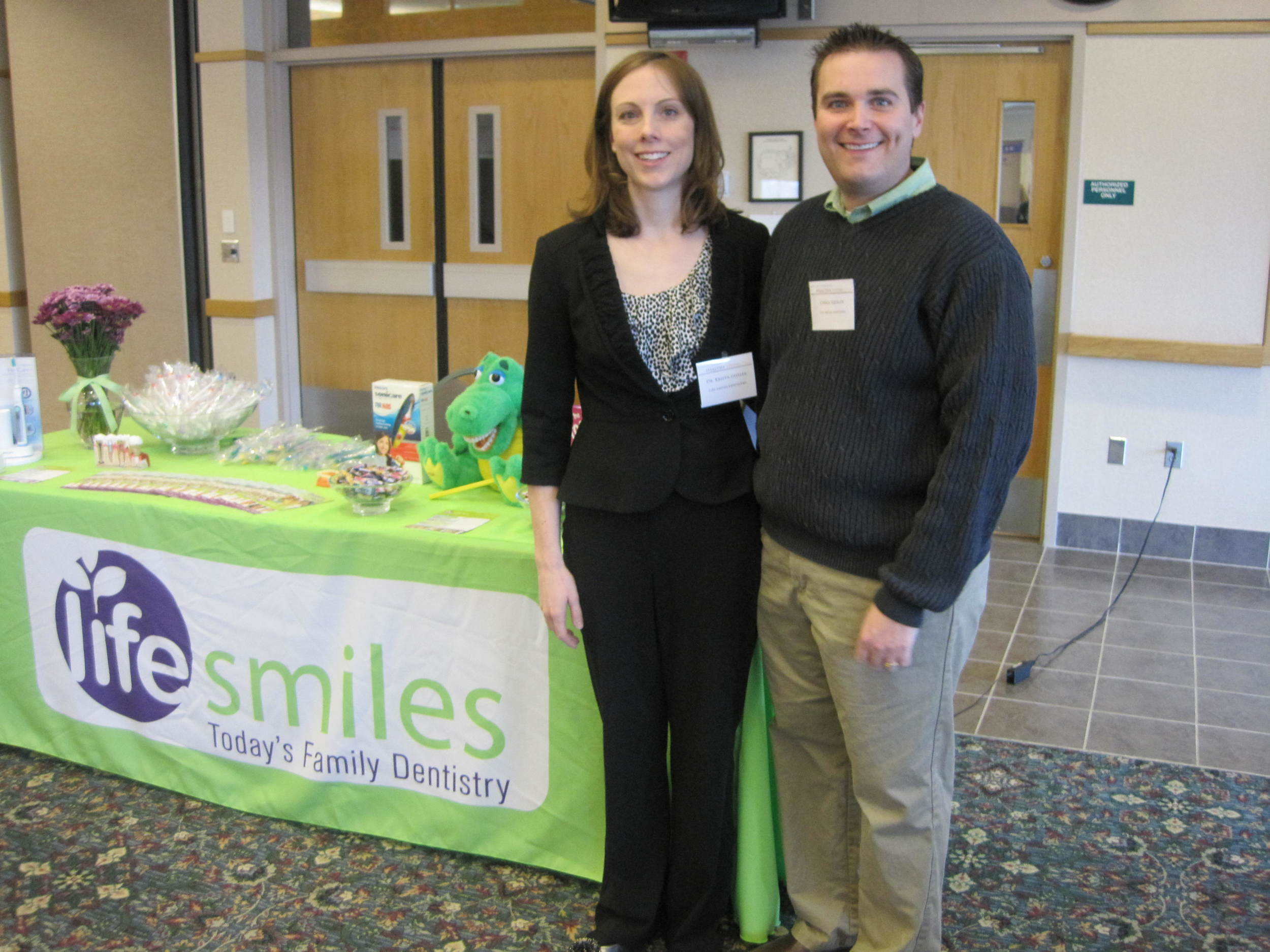 Dr. Geisler at Healthy Living Fair in Plymouth, MN
