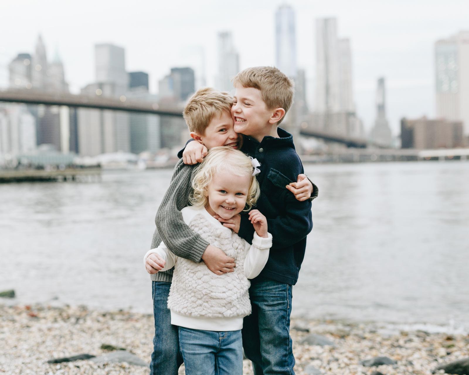 DumboBrooklyn_NYC_familyportraits-1.jpg