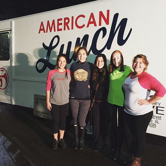 Downtown Knoxville once again came together last night - this time on the American Lunch Truck that ventured over to Gatlinburg and Sevierville to feed free hearty meals to volunteers who have worked SO HARD to help those affected by the fires. @scruffycityhall, @hannasoldcity, @preservationpub, and @fiveknoxville all representing. #smokeystrong #forthepeople