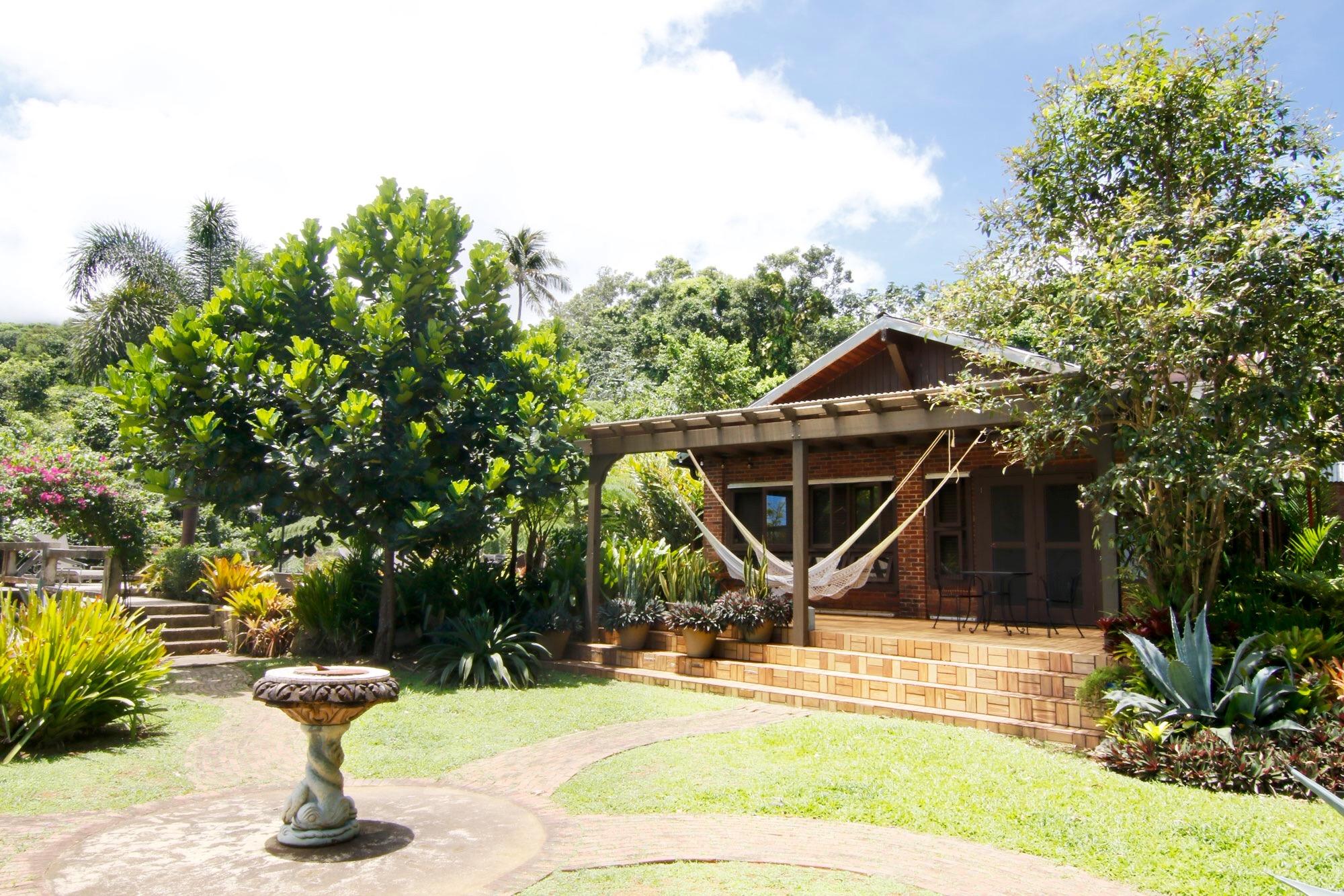Villa porch.jpg