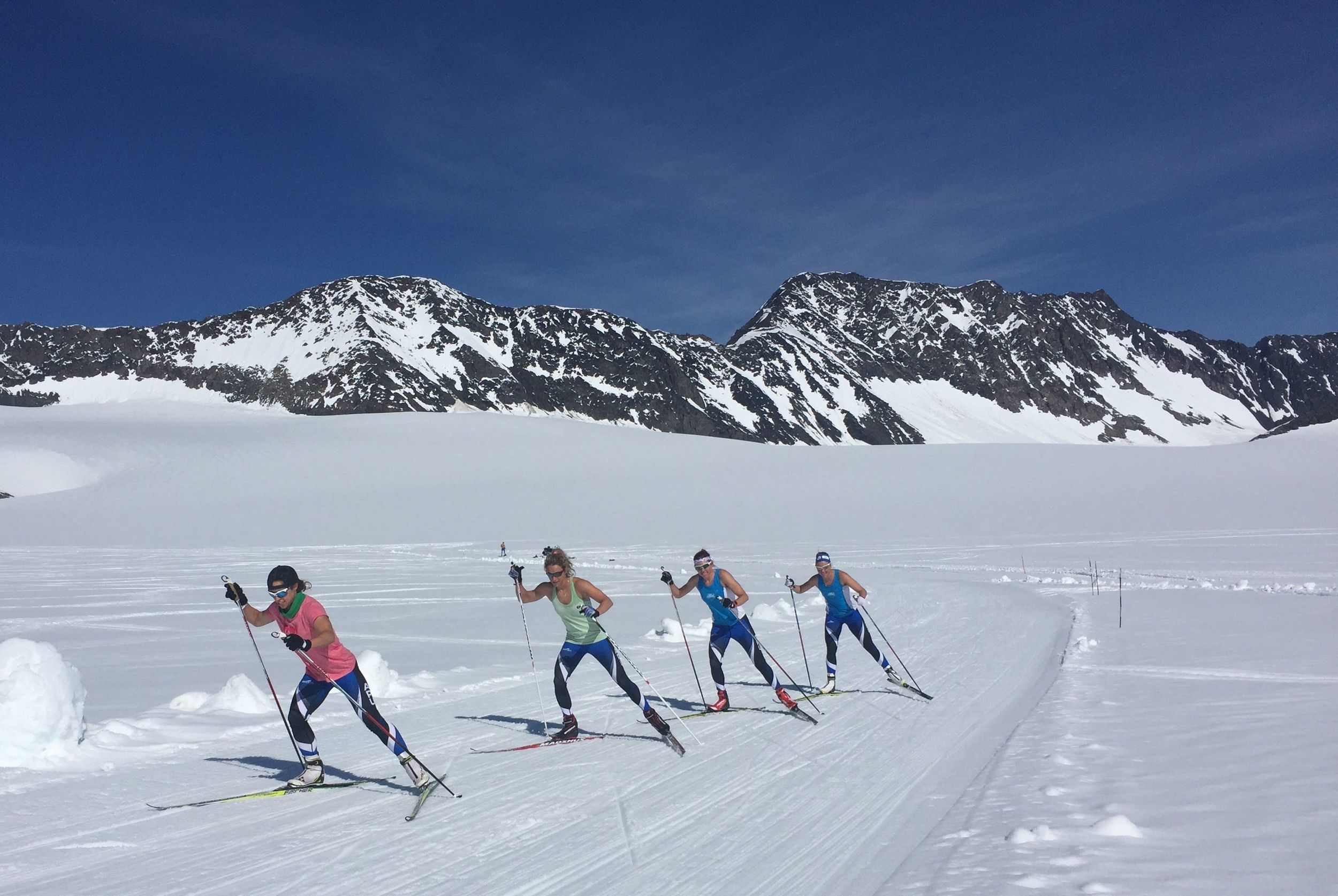 I am pretty lucky to have an team of woman to train with! It makes the kilometers and hours so much more fun!