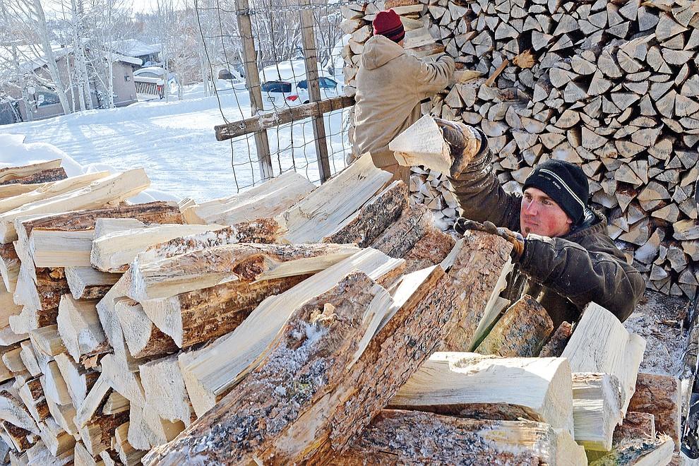 121815_Firewood_t990.jpg