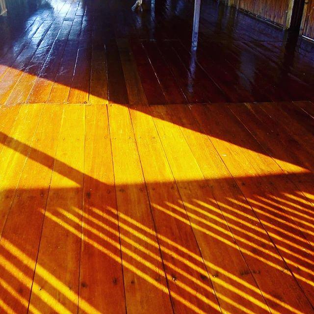 Amazon Prime Ecolodge  Pintura nova em nosso Lodge. Se preparando para temporada de pesca 2019. Ainda temos vaga para Outubro. Entre em contato conosco e faça sua reserva. E-mail info@amazonprimeecolodge.com  Whatsapp (92) 99148-0728  #junglelodge #jungletour #natureza #selva #tucunaré #amazonia