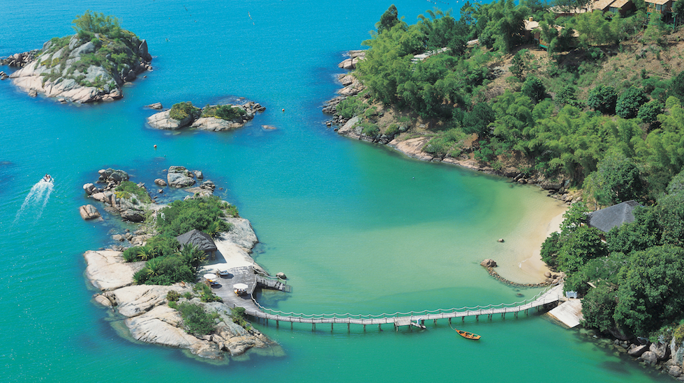 1.Ponta dos Ganchos Resort-Here & Away.jpg