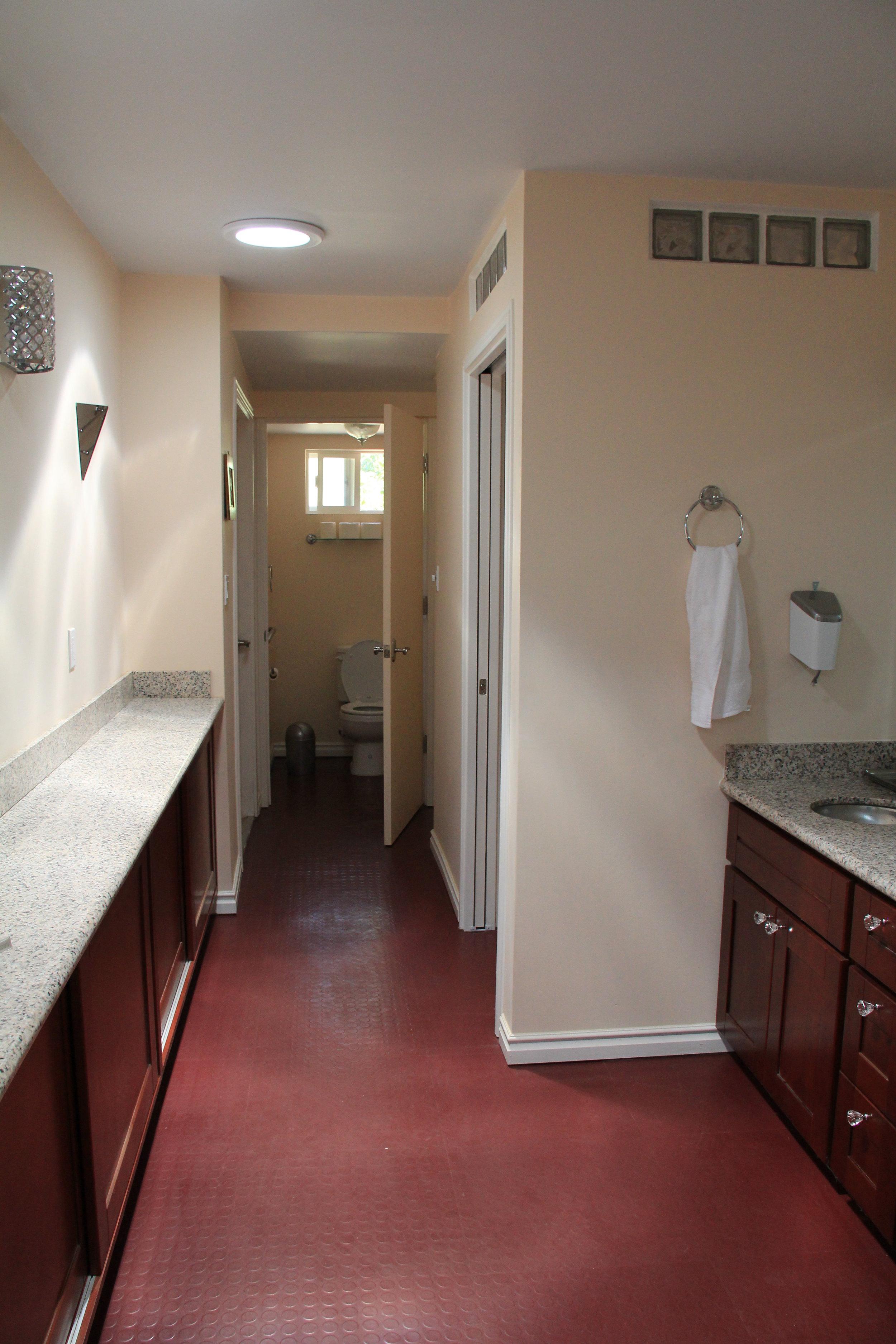 Clean, well-lit Lodge bathroom is wheelchair-friendly