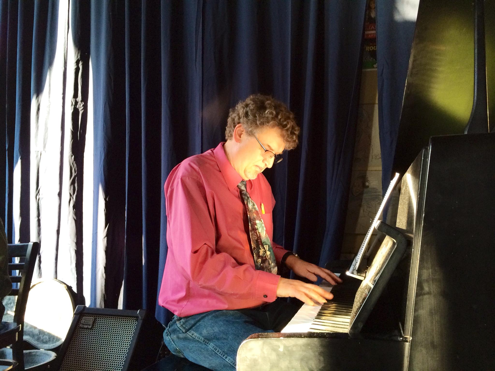 TOdd piano sun_ (002).JPG