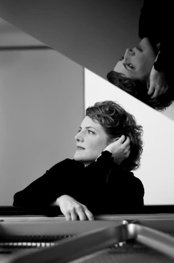 caviani-piano.jpg