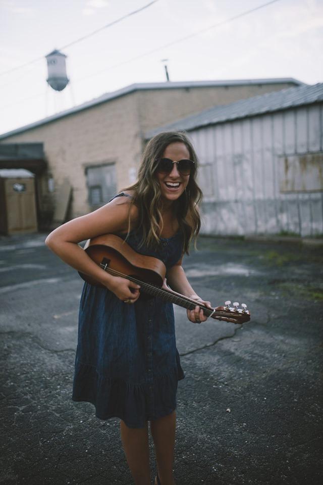 Elle Jay (Minneapolis-based music artist  Lindsay Magnuson )