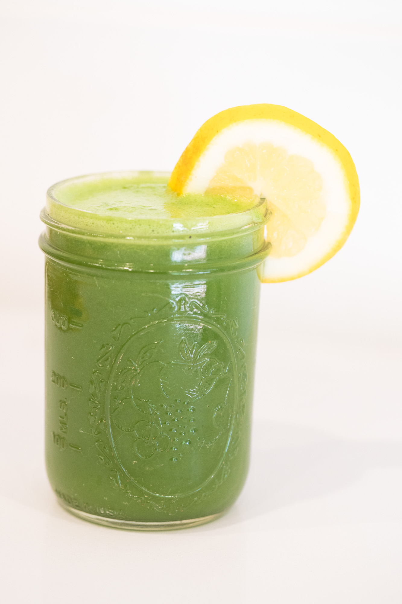 Maka-vegan-cafe-fresh-juice-2.jpg