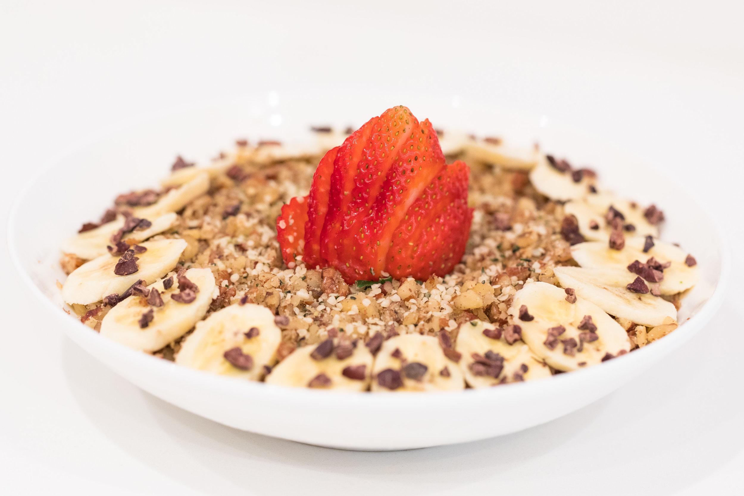 maka-vegan-gluten-free-cafe-breakfast-bowl-13.jpg
