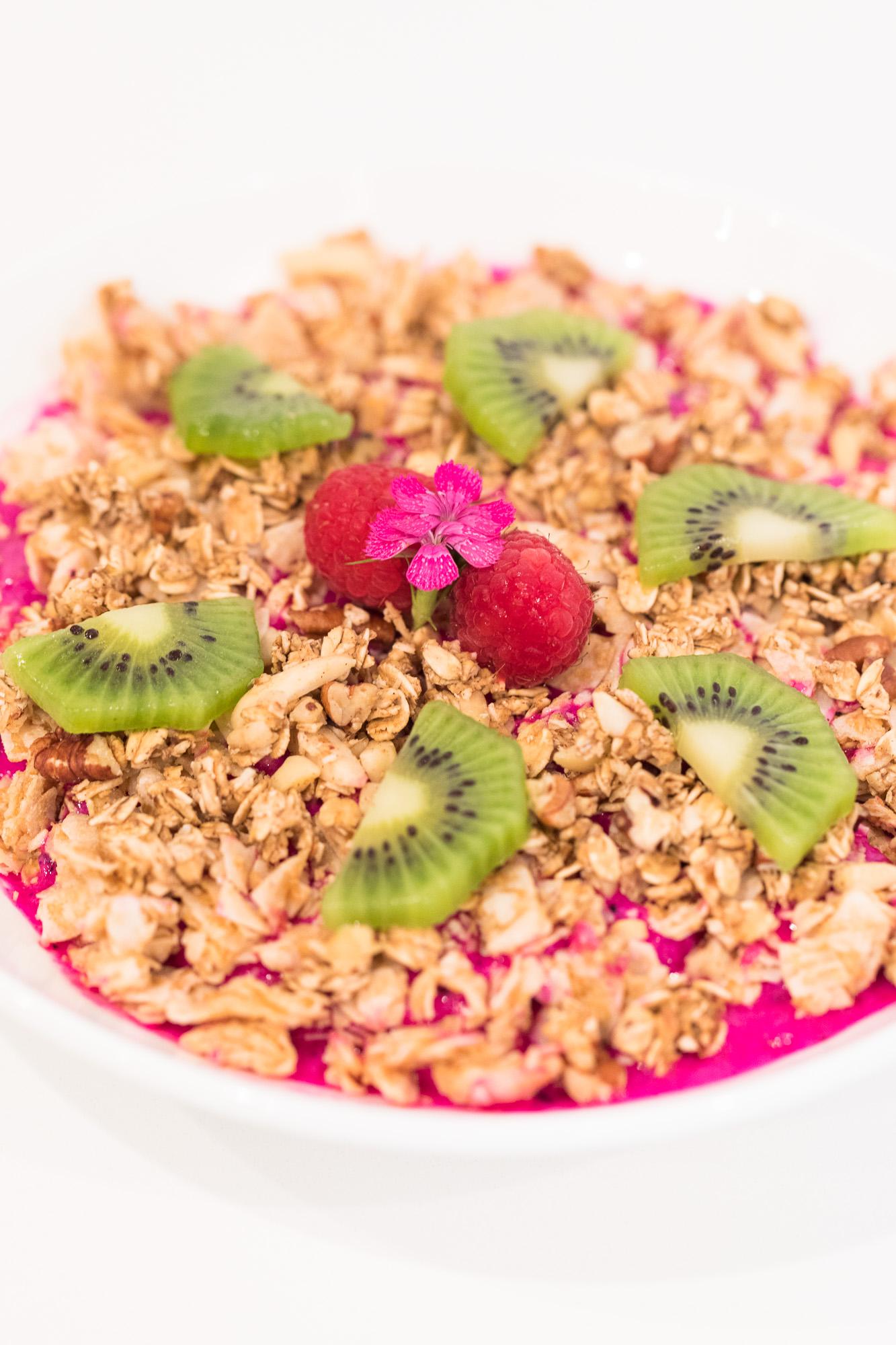 maka-vegan-gluten-free-cafe-breakfast-bowl-12.jpg