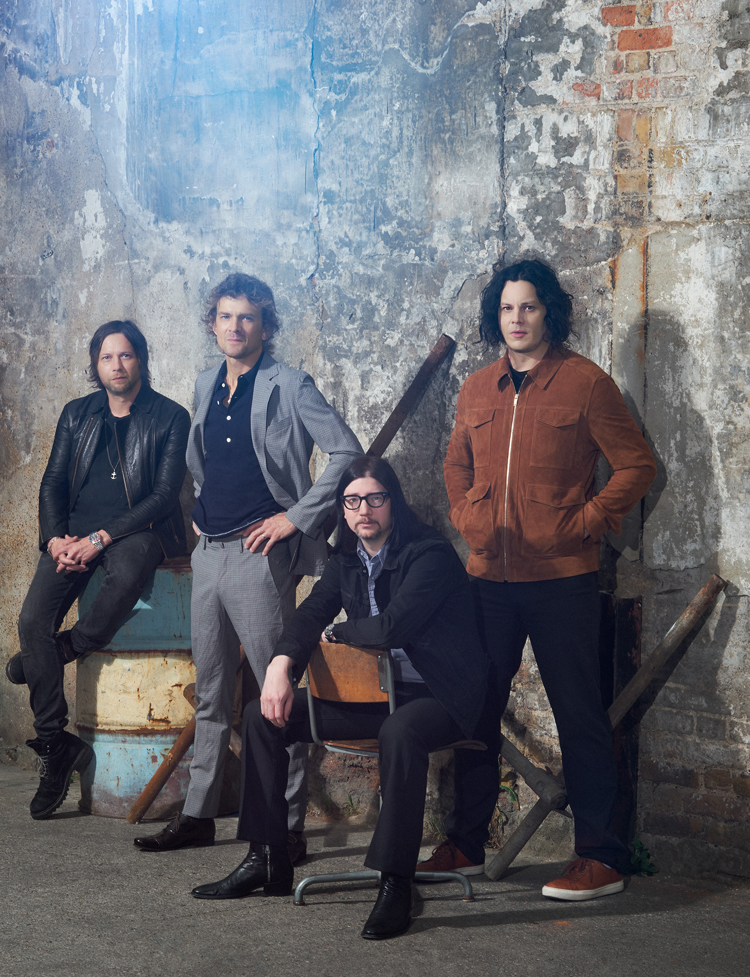 Raconteurs_Billboard_0126_RT_noise.jpg