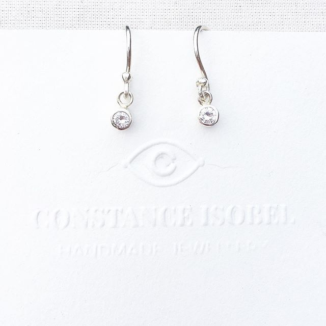 Handmade Dainty Diamond earrings for a beautiful bride.  #handmade #constanceisobel #diamondearrings #whitegoldanddiamonds #whitegoldearrings #weddingearrings #daintyearrings #summerwedding #yorkshirejeweller #yorkwedding #yorkshirewedding