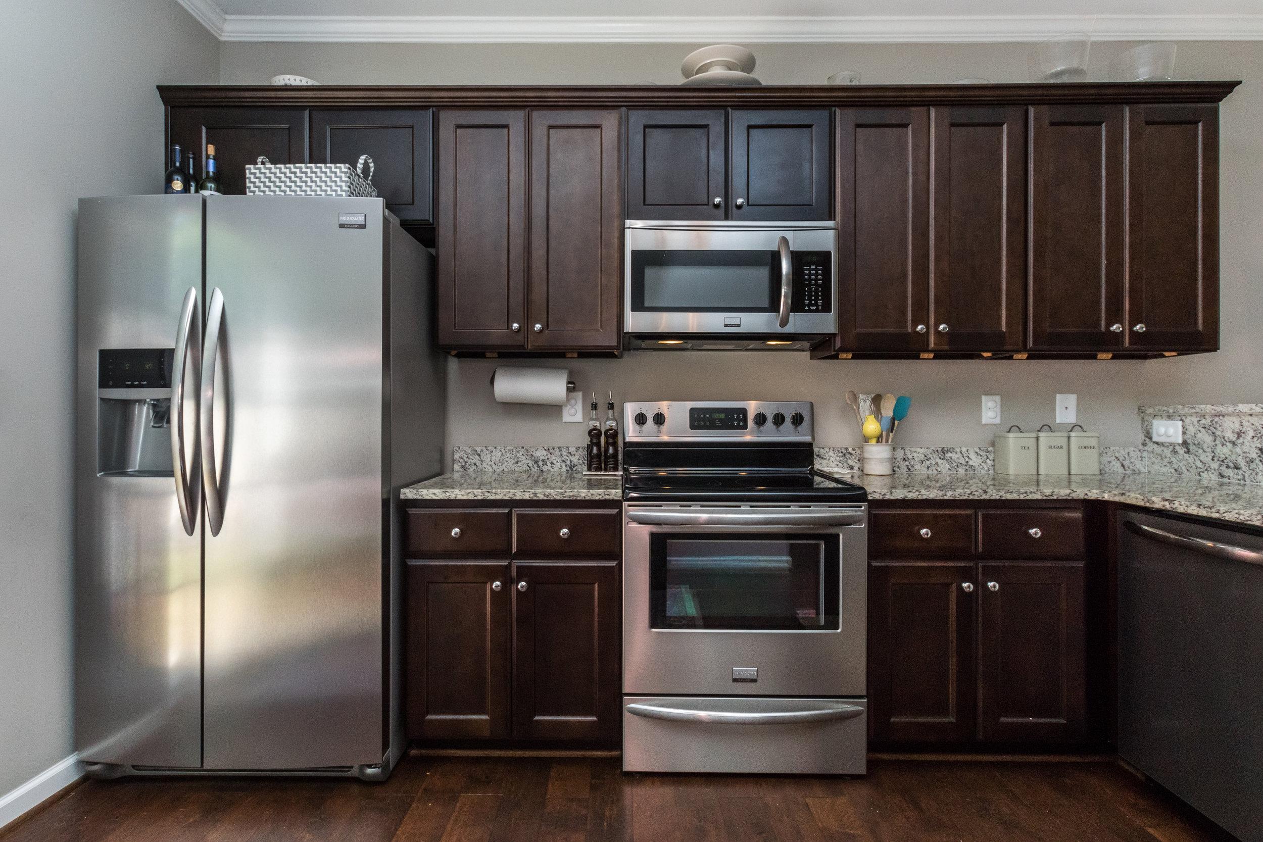 008_ Kitchen.jpg