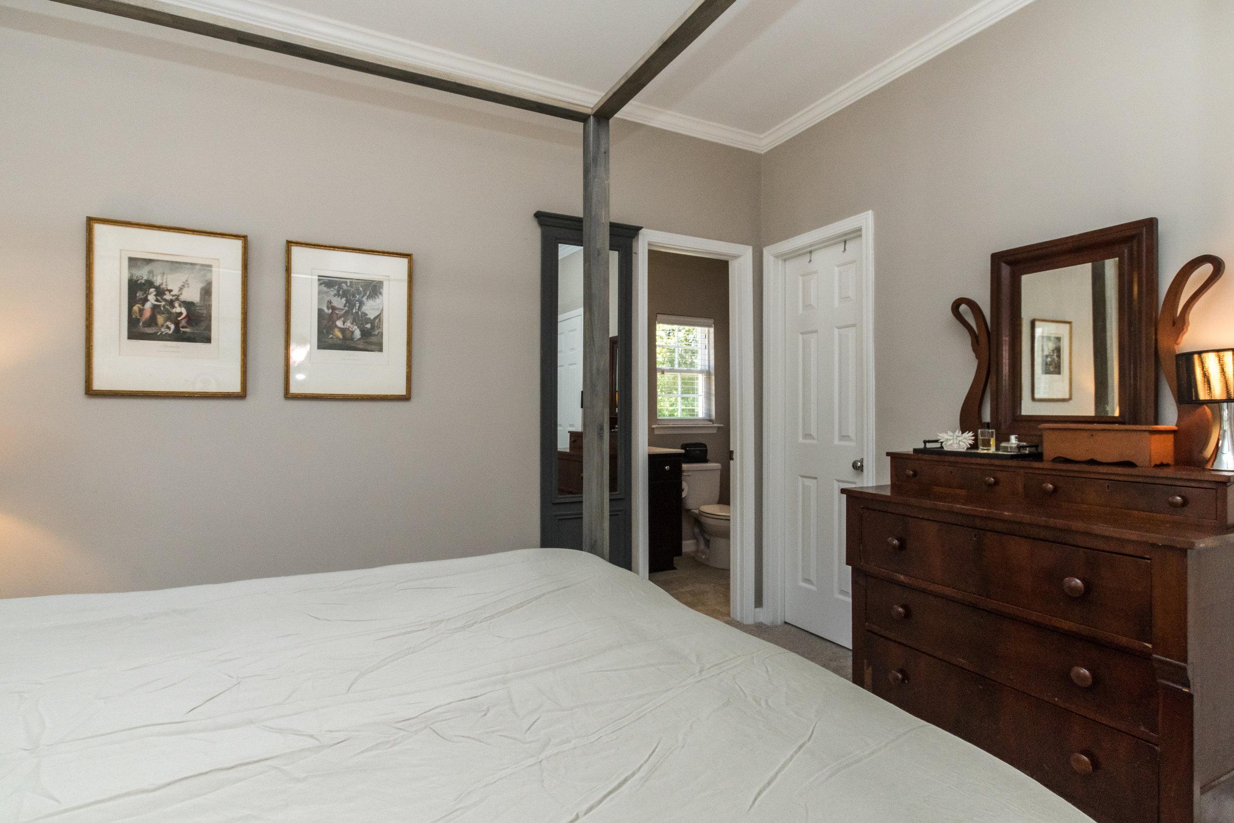 012_ Master Bedroom.jpg
