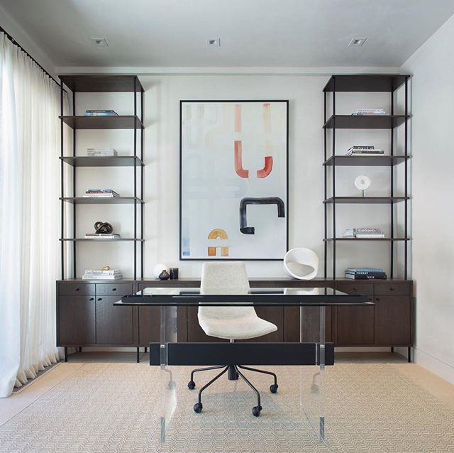 Office goals 🙌🏼 📷 @brent_moss_photography . . . . . . #aspen #aspencolorado #ginaturchininteriors #office #interiors #interiordesign #homeoffice #officedesign #customdesign #custommade