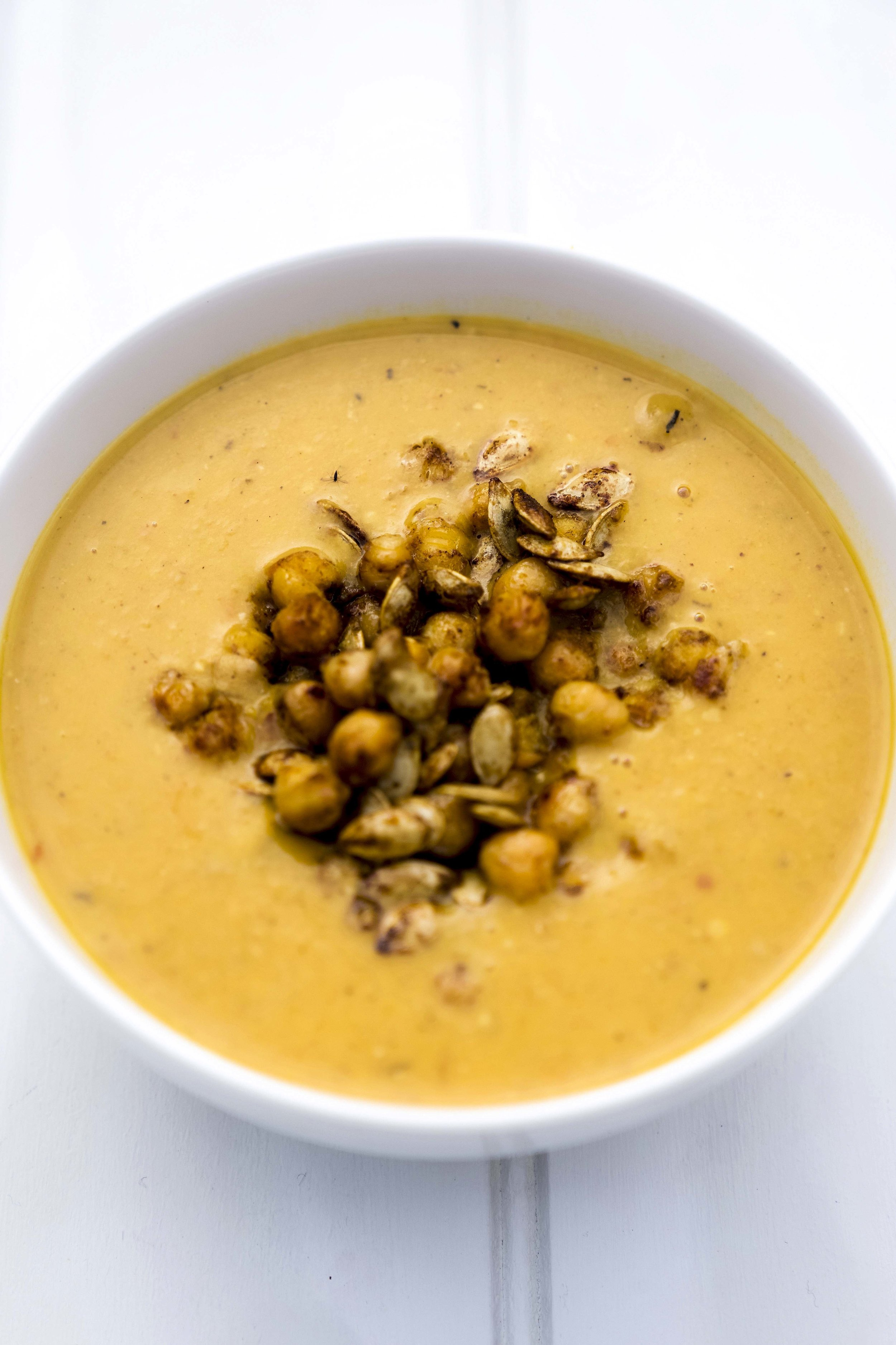 Roast chickpeas and butternut squash soup