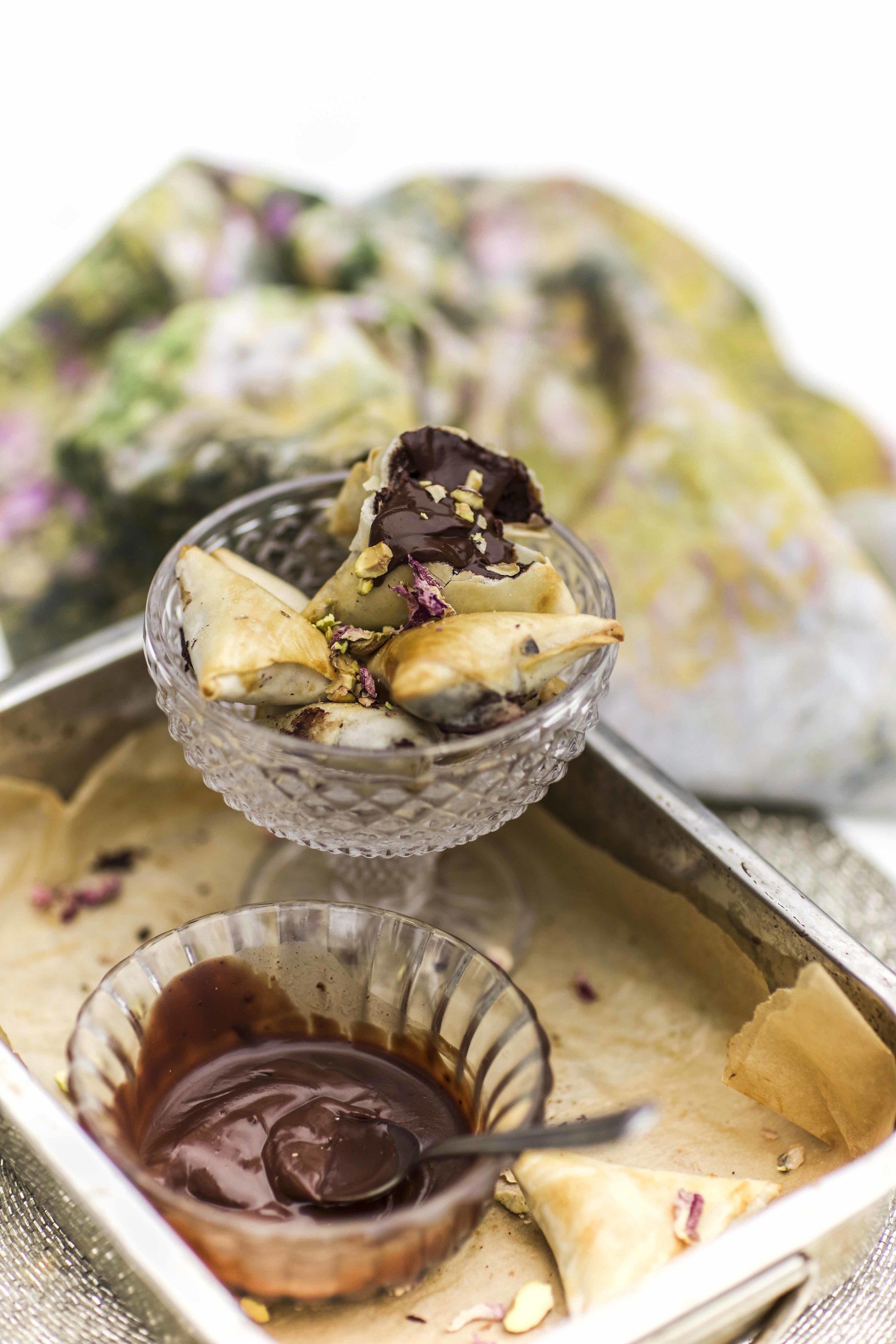 baked chocolate samosa