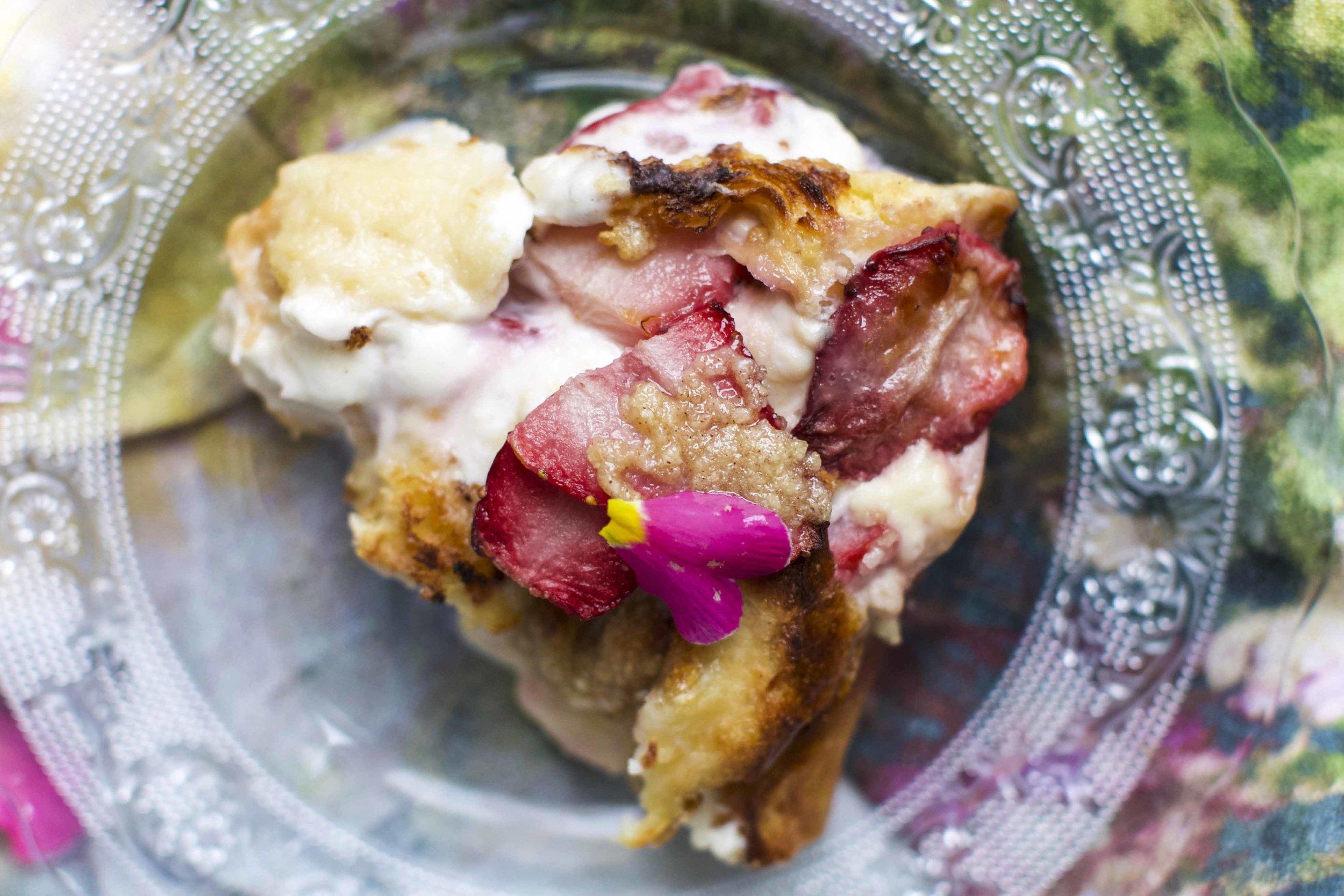 Strawberry French Toast Casserole_20.jpg