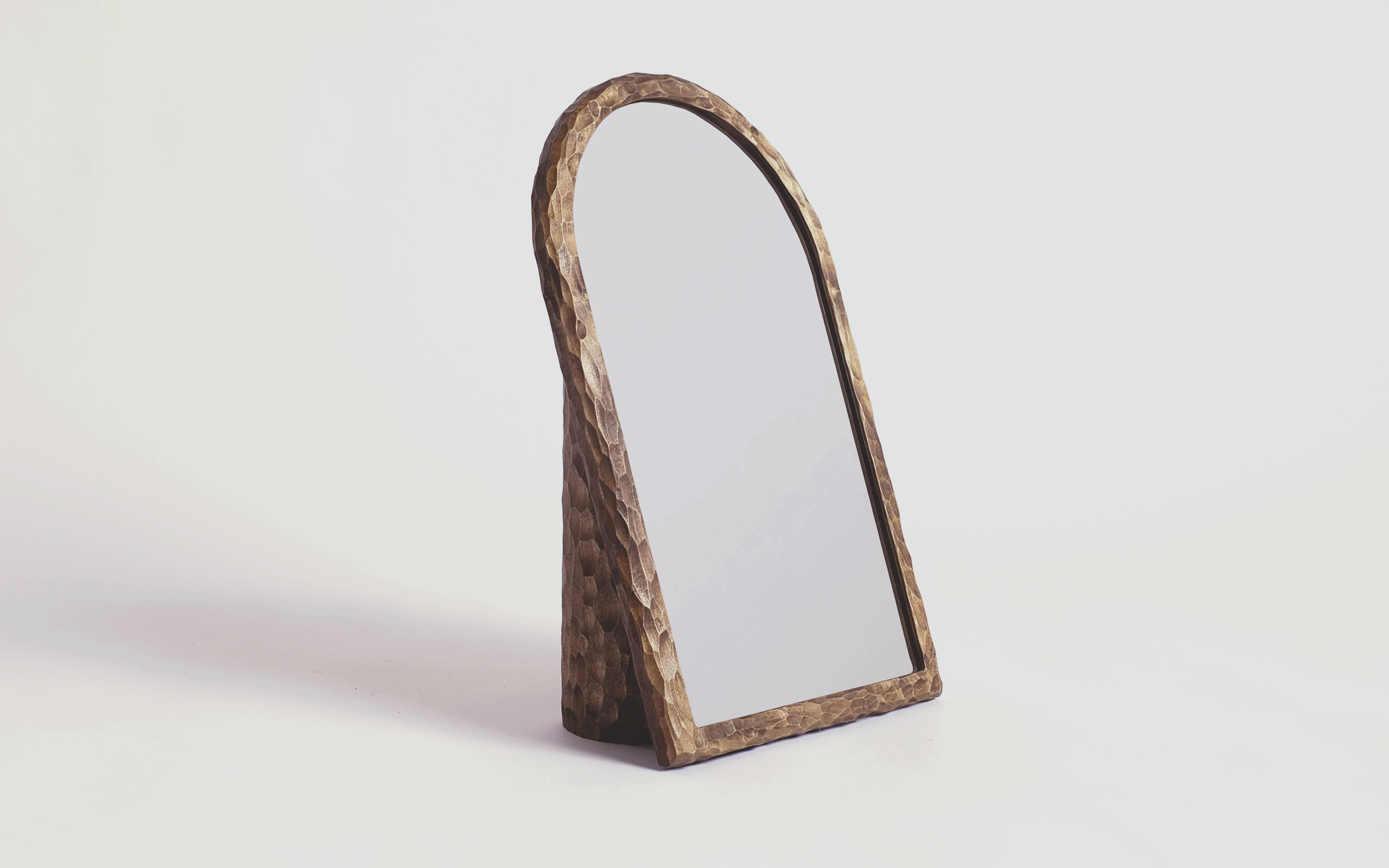 02_StudioAnansi_Chisel-Mirror_Front_2018.png