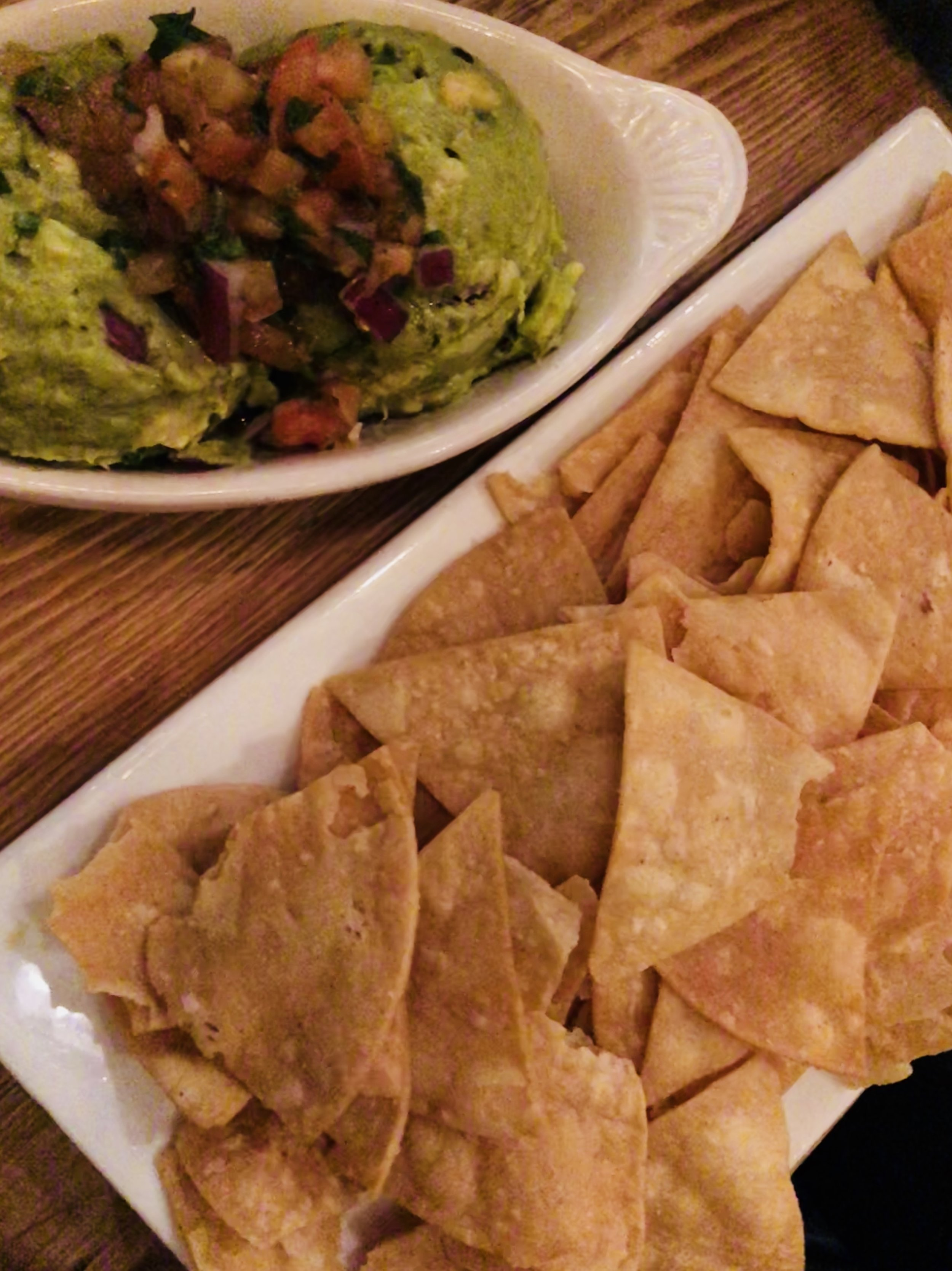 Mexicue Guacamole and Chips