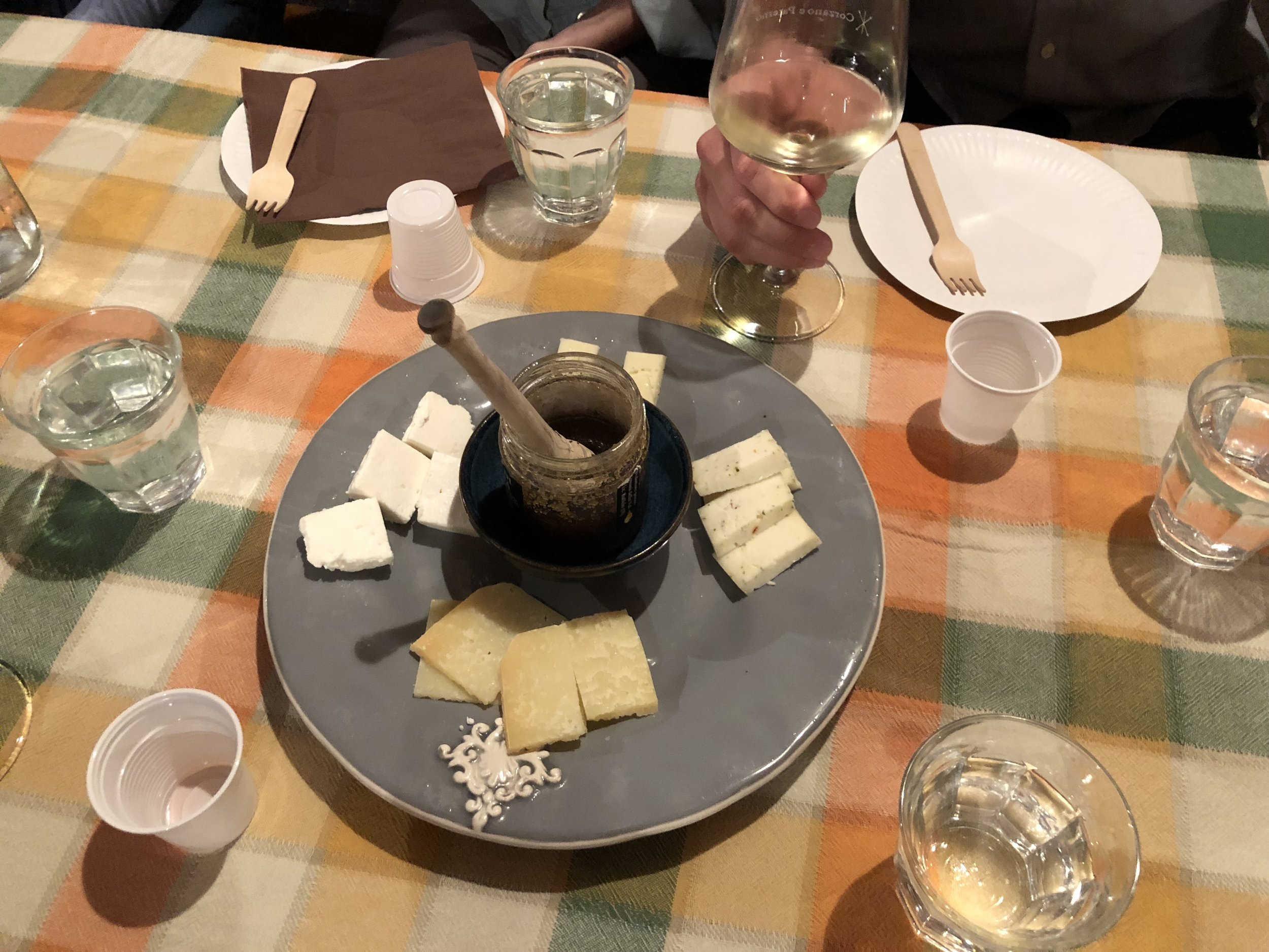 wine and cheese tasting in Tuscany