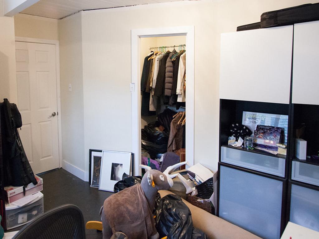 eichler-closet-before.jpg