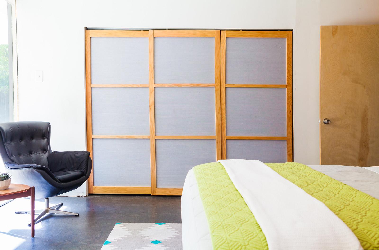 Diy Eichler Grcloth Closet Doors