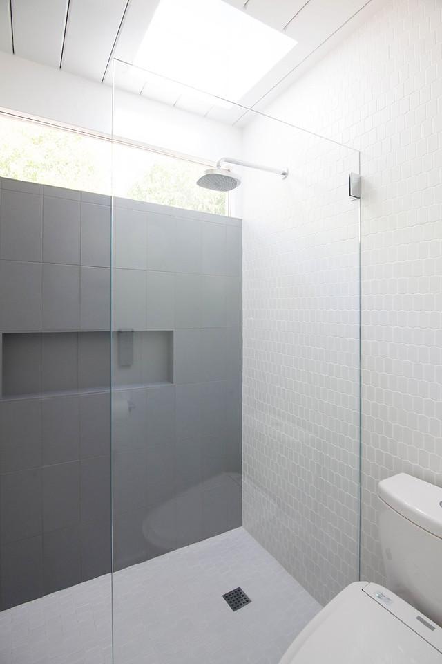 eichler-master-bath-04.jpg