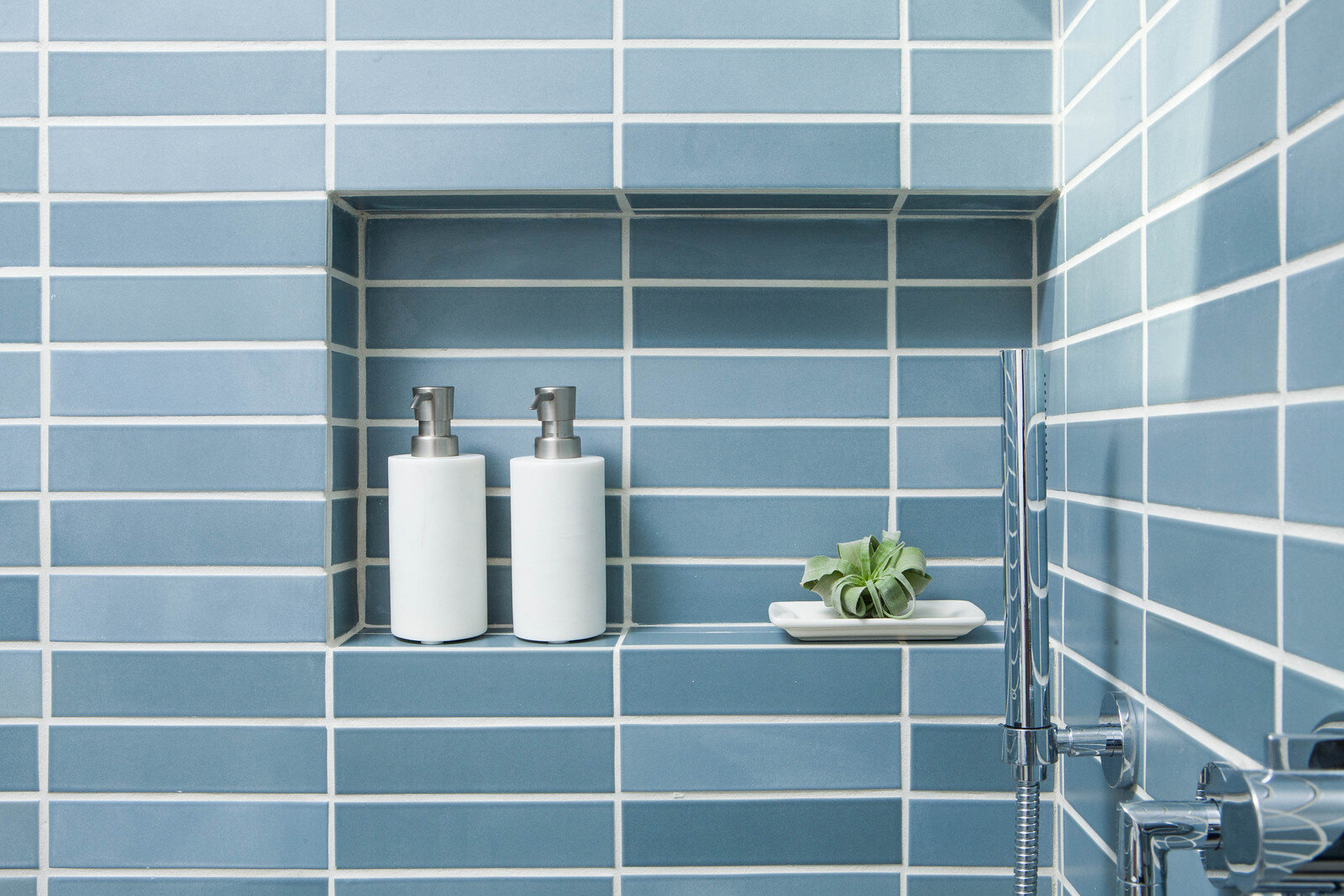 eichler-heath-ceramics-shower-niche.jpg