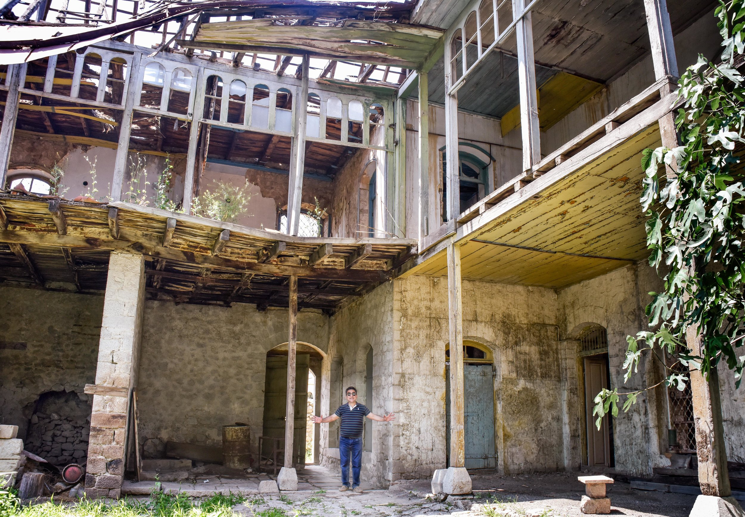 Saro Saryan shows us the traditional home that a local artist is restoring