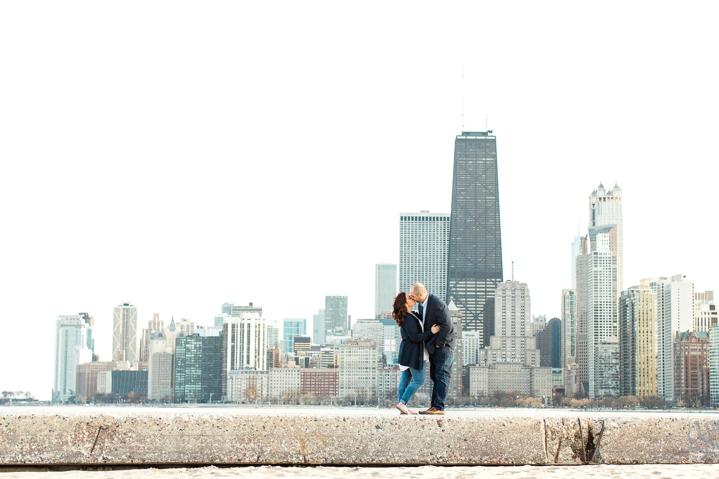chicago-engagement-photographer-classy-olive-park-downtown-wedding-champagne-kristen-cloyd-6.jpg