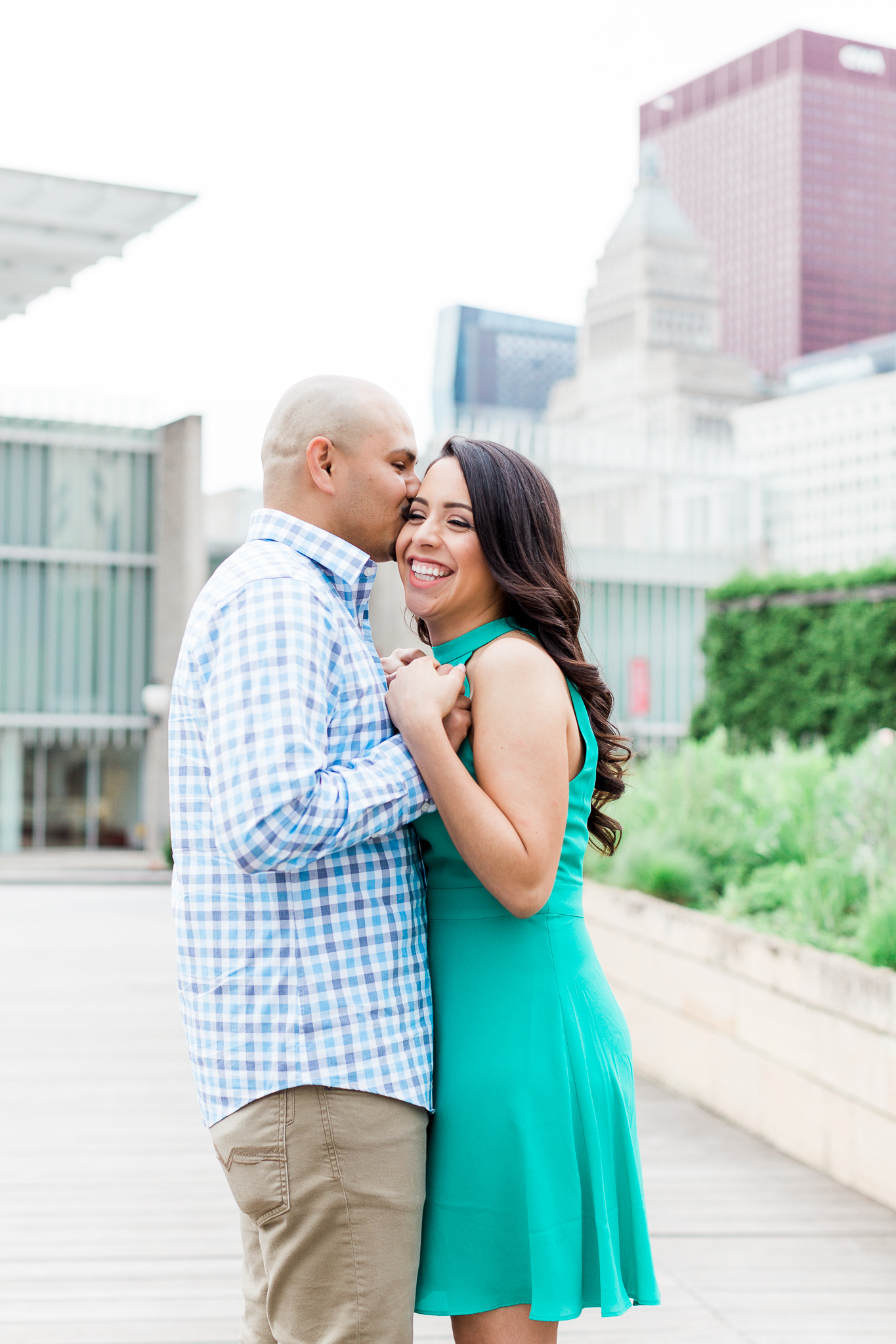 wedding-photographer-chicago-classy-engagement-olive-park-1