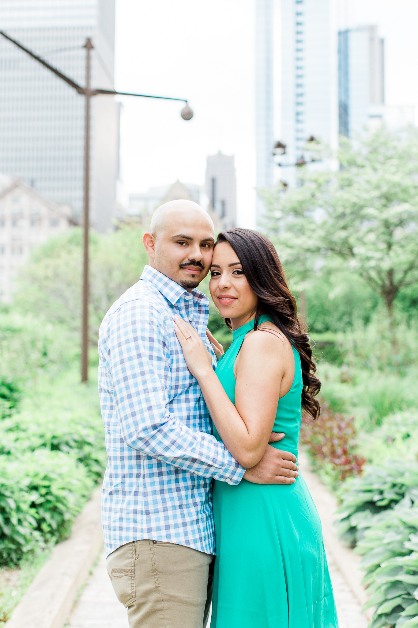 wedding-photographer-chicago-classy-engagement-olive-park-5