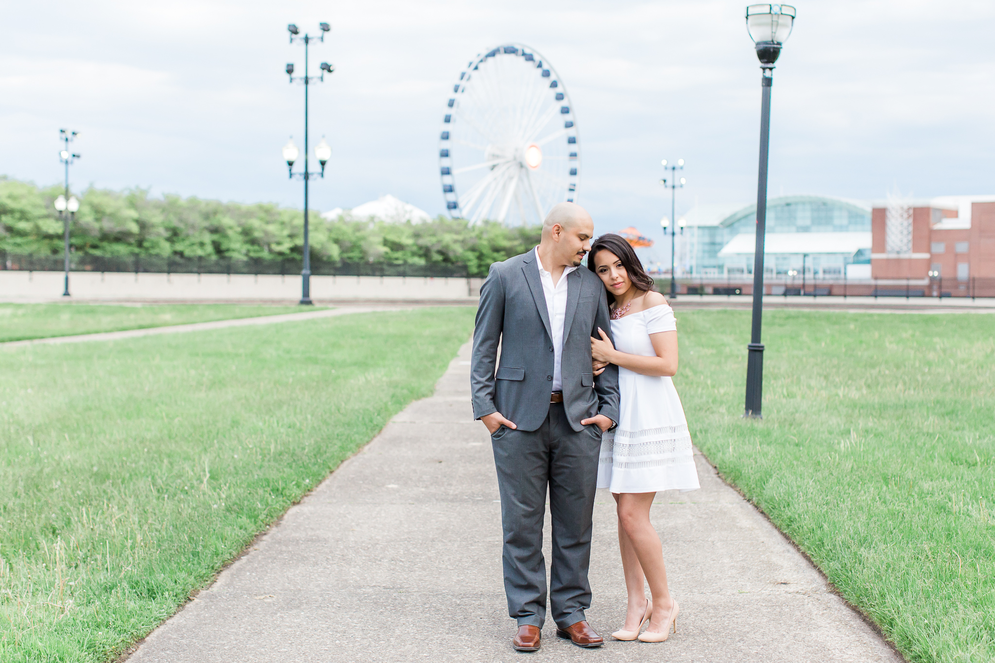 wedding-photographer-chicago-classy-engagement-olive-park-22
